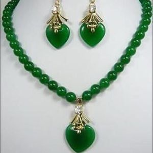 Emerald Green natural Jade Crystal heart Women